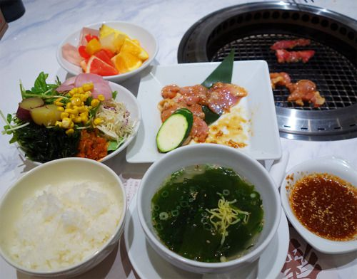 【福岡】サラダバー付き焼肉ランチ♪@焼肉なべしま 姪浜店
