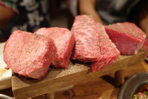 【渋谷】分厚いお肉の盛り合わせはインパクト抜群!ワイワイ楽しめる焼肉「ここから 渋谷道玄坂店」